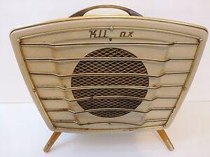 radiateur klimax en forme de poste de radio typique 1950. Black Bedroom Furniture Sets. Home Design Ideas