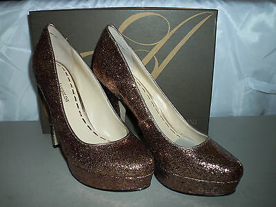 Enzo Angiolini Womens Smiles Gold Pump Heels 7.5 M Shoes