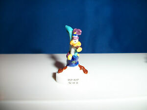 ROAD-RUNNER-Horn-KAZOO-LOONEY-TUNES-PARADE-Musician-BAND-Porcelain-Figure-FEVES