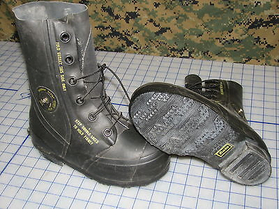 Mickey Mouse Boots Black Bata 5n Rubber W/valve Military Extreme Cold Weather