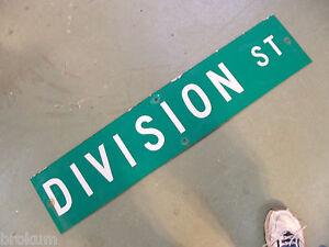 Vintage-ORIGINAL-DIVISION-ST-STREET-SIGN-WHITE-LETTERING ...