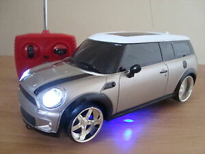 mini cooper clubman radio remote control car led lights silver mini car ebay. Black Bedroom Furniture Sets. Home Design Ideas