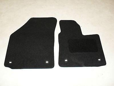 VW Caddy 2004-on Fully Tailored Deluxe Car Mats in Black