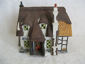 DEPT 56 - Dickens Village - MAYLIE COTTAGE - Oliver Twist Series - MIB - #55530
