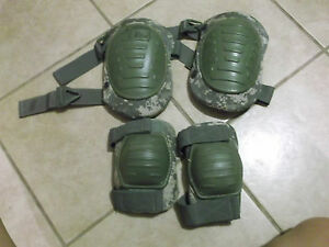 MILITARY-MCGUIRE-NICHOLAS-ACU-KNEE-ELBOW-PADS