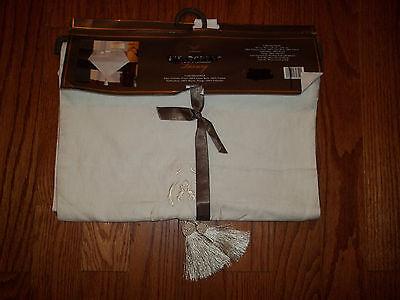 Fieldcrest Luxury White Embroidery Linen Table Runner