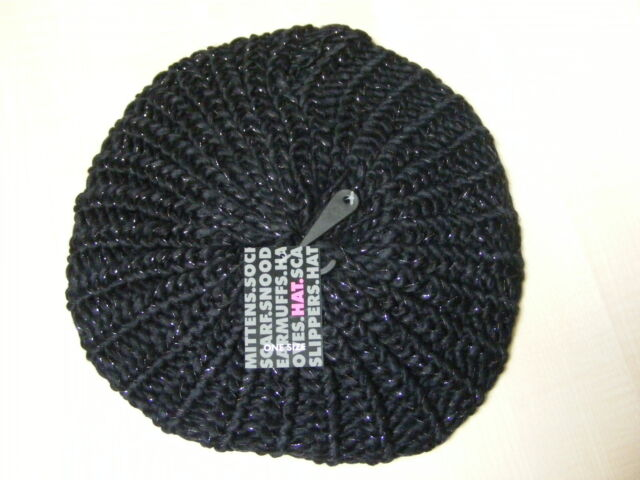 WOMENS LADIES BLACK BEANIE BERET HAT - ONE SIZE - BRAND NEW