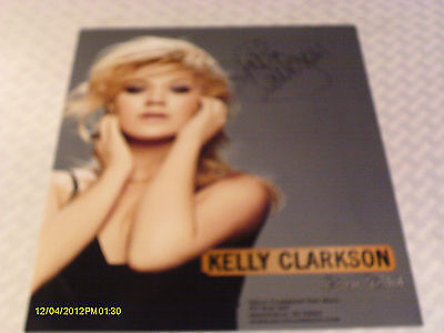 Kelly Clarkson Color Publicity Photo