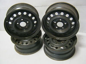 Holden-Commodore-steel-rims-15x6-chasers-43P-stockies
