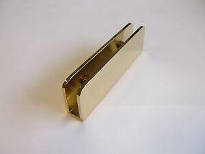 Support de plaque en verre fixation pour surface en verre for Acheter plaque de verre