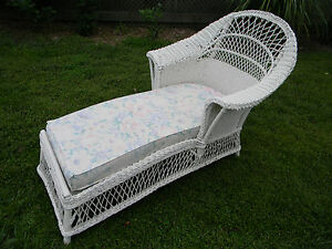 Vintage antique 1920 039 s era white wicker chaise lounge for 1920s chaise lounge