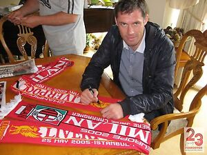 LIVERPOOL V AC MILAN CHAMPIONS OF EUROPE 2005 SIGNED SCARF LIMITED EDITION