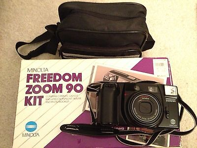 VINTAGE Minolta Freedom Zoom 90 35mm Autofocus Camera