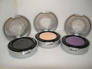 Urban-Decay-Eye-Shadow-Singles-Choose-your-colour-New