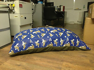 Luxury-fibre-foam-filled-hypoallergenic-dog-bed-cushion-with-removable-zip-cover