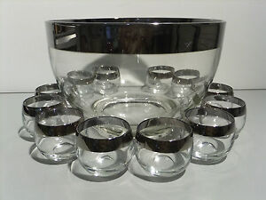 Vintage-Dorothy-Thorpe-Punch-Bowl-12-Roly-Poly-Glasses-Silver-Band-Mad-Men