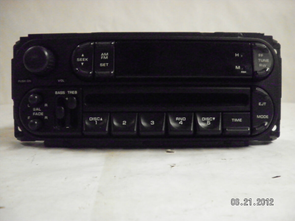 Dodge Jeep Chrysler 5 Disc CD Player Radio Factory P05091556AG Am FM Bass Treb