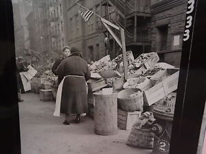 1936-Mulberry-Street-Chinatown-Pushcarts-PS-24-NYC-New-York-City-Photo