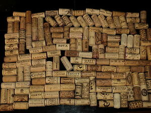 25-Wine-Corks-Red-White-many-Kinds-from-all-over-Craft-fun
