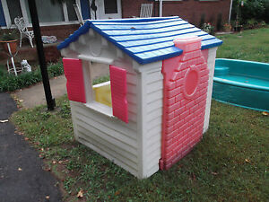 Little Tikes Playhouse Child Size Kid 039 S Outdoor Play House Tykes Pu 29715 Used Ebay