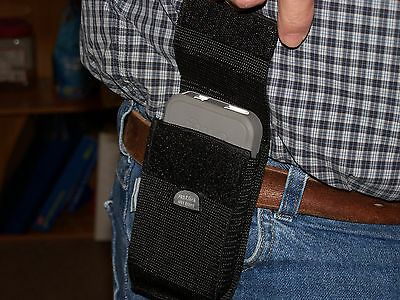 Iphone 4 & 4s Otter Box Cell Phone Holster Has Belt Loop.