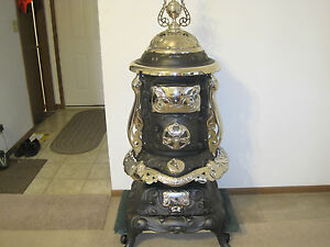 FLORENCE-ANTIQUE-PARLOR-WOOD-COAL-POTBELLY-CAST-IRON-STOVE