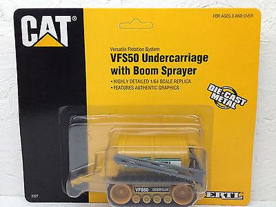 1/64 Ertl Caterpillar Vfs50 W/ Boom Sprayer