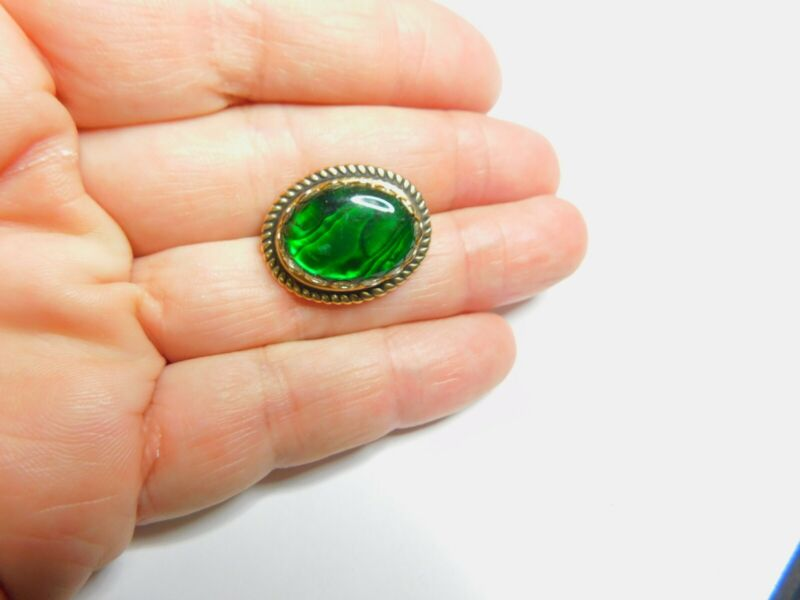 Green Shell Oval Gold Tone Metal Brooch Vintage