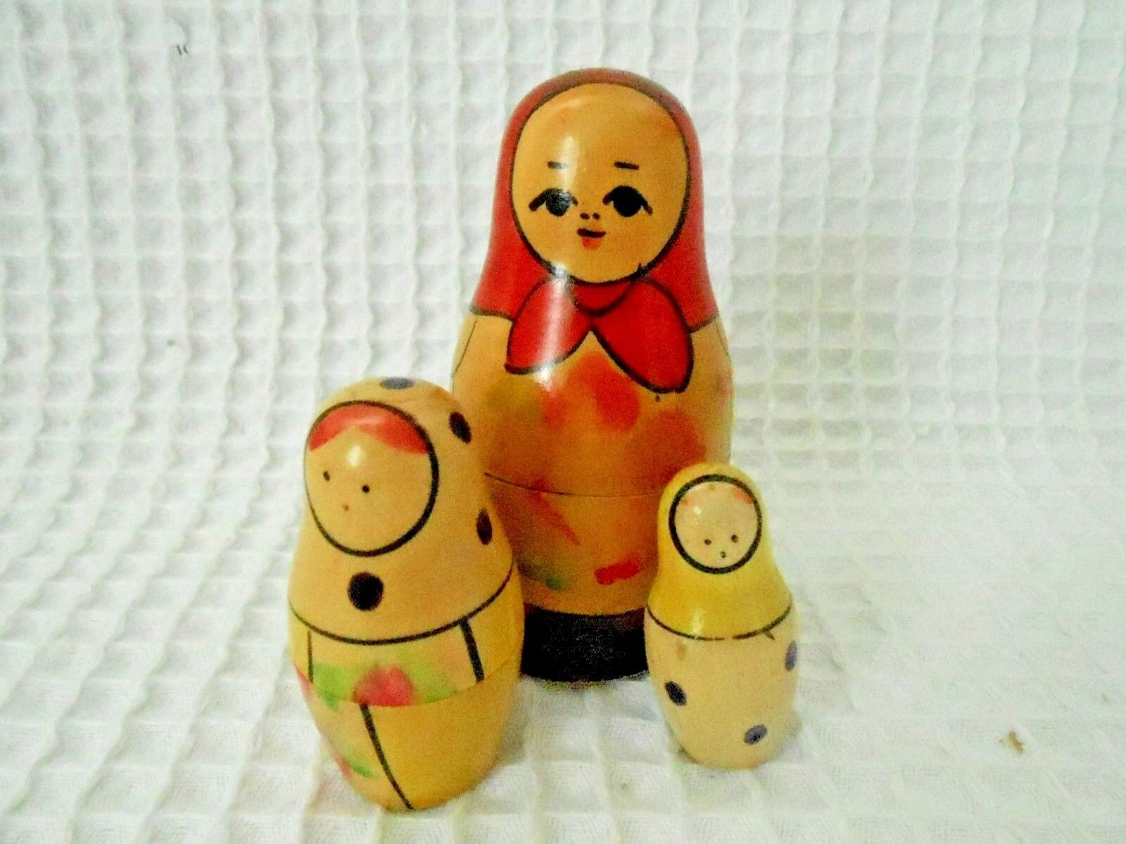 Russian Matryoshka Lot Of 3 Nesting Dolls. - $18.99