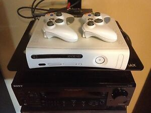 Xbox 360 + 2 Controllers + Madden13