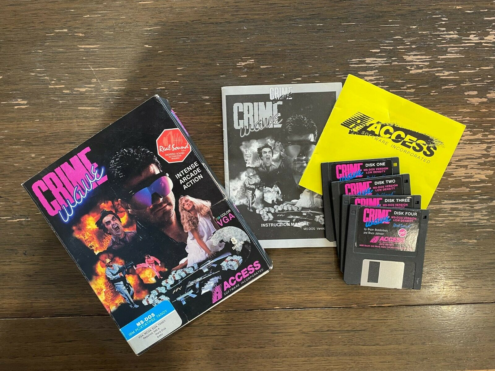 Computer Games - Original Crime Wave Computer Game from 1990, with original disks and manuals