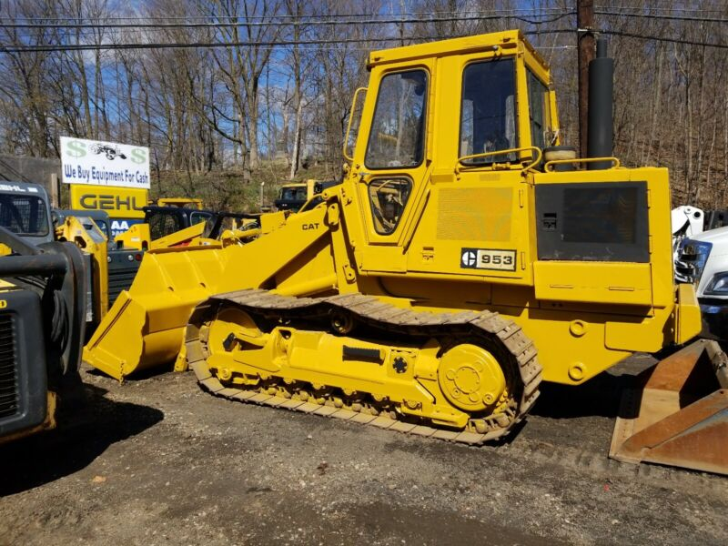 Caterpillar track loader 953 only 2800 hours