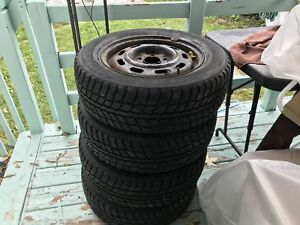 Winter tires with rims 205/65R15