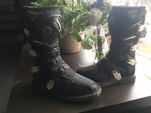Shift Riding Boots