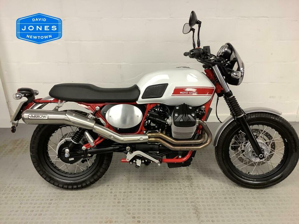 MOTO GUZZI V7 II STORNELLO LTD EDITION 11/1000 - 2016 / 66 - 503 MILES / 1 OWNER