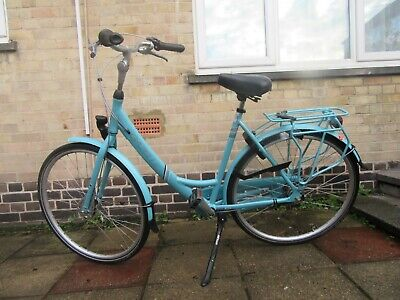 Hardly used ladies gazelle bike excellent condition 28'' wheel ''lock included''