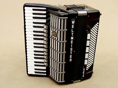 Excellent German Accordion Weltmeister Cantus IV 120 bass Includin case CASSOTTO