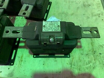 Used General Electric Jkm-3 Current Transformer 497x32 Ratio 3005