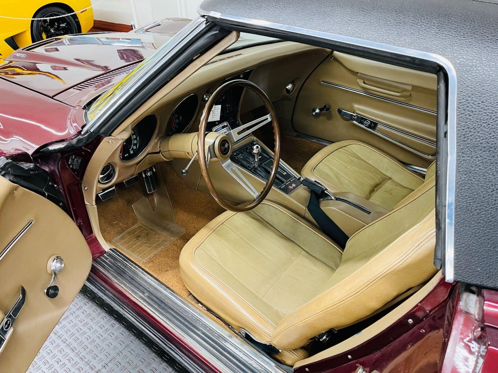 1968 Burgundy Chevrolet Corvette   | C3 Corvette Photo 7