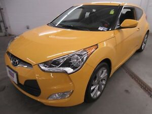 2016 Hyundai Veloster SE- ALLOYS! BLUETOOTH! ONLY 28K!