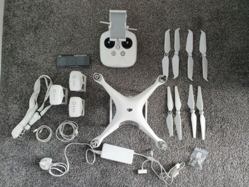 DJI phantom 4 - Drone - Camera / RC / Quadcopter