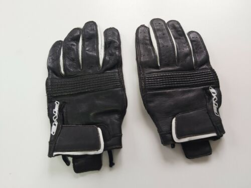 FIVE+INDIANA+BLACK+%2F+WHITE+GLOVE+SIZE+LARGE+NO+BAG+WAS+%C2%A364+NOW++%C2%A330.00