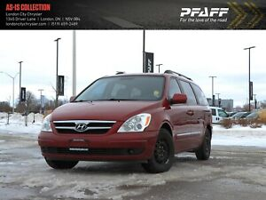 2008 Hyundai Entourage GLS! CD Player, Front and Rear Fan Contro