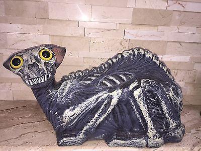 SPIRIT HALLOWEEN ZOMBIE CAT DISPLAY PROP GUC](Spirit Halloween Zombie Cat)