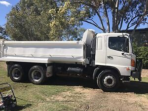 10m3 Tipper and Driver for Hire $75/hr plus GST Cannon Hill Brisbane South East Preview