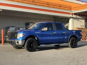 BLUE Ford F-150 XLT 5.4L — SHOW STOPPER!!