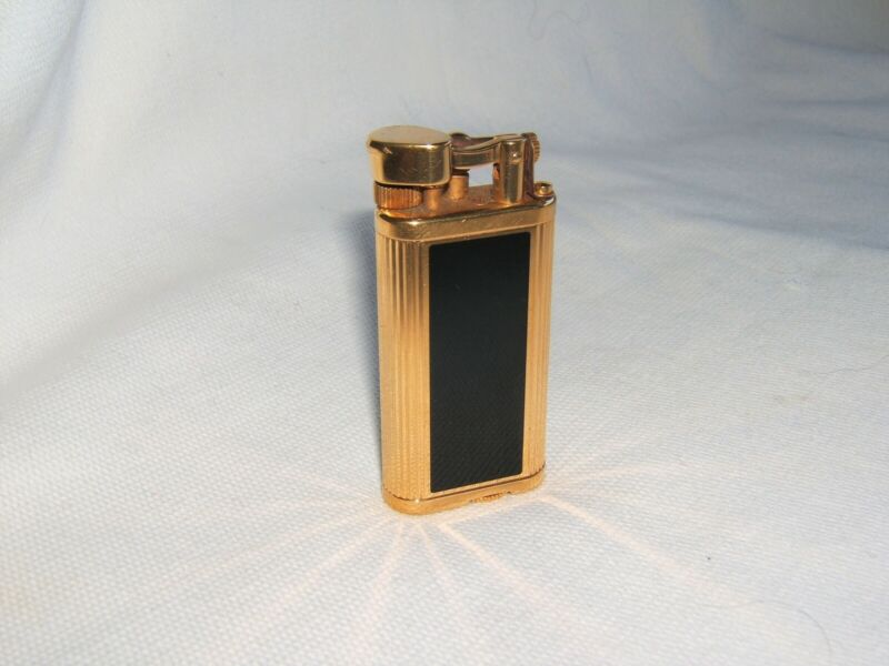 Vintage Dunhill Unique Gold Plated and Black Lacquer Lighter