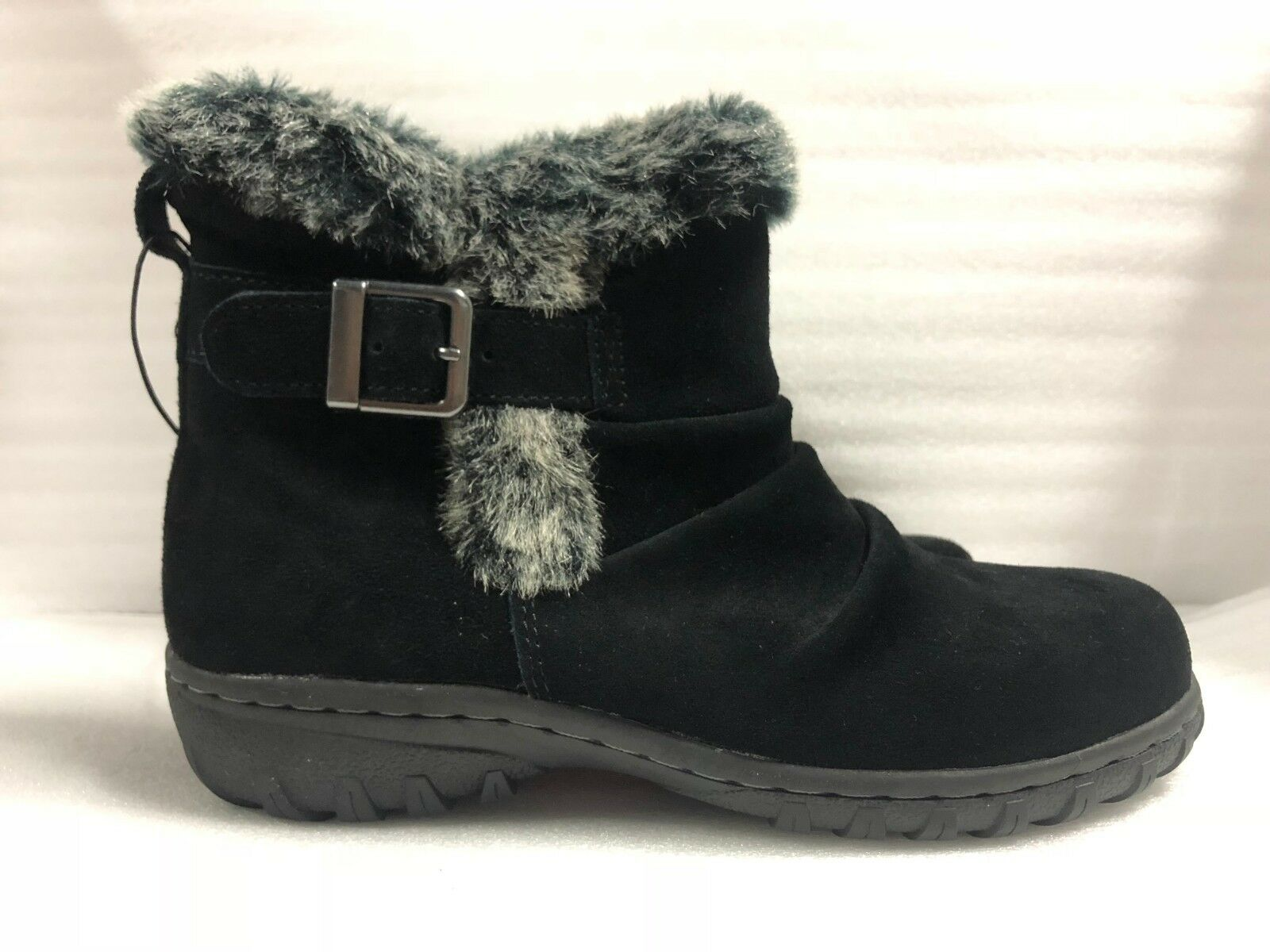 NEW - Khombu Women's Lindsey All Weather Snow Winter Boots Suede PK SIZE / COLOR