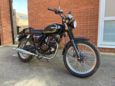Herald Classic 125 Motorcycle 2016