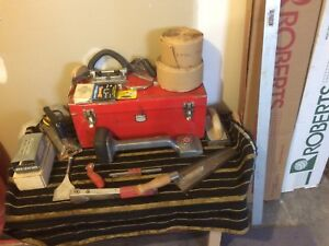 Carpet tools and supplies